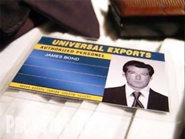 universal-exports-id-card-the-world-is-not-enough